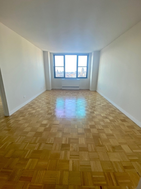 1 Bedroom, Yorkville Rental in NYC for $3,622 - Photo 1