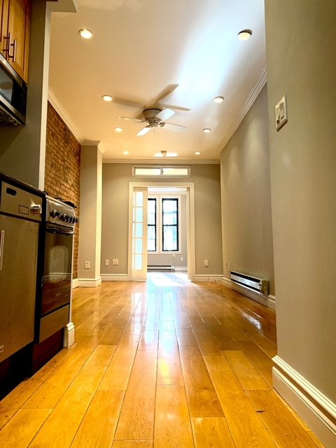2 Bedrooms, Alphabet City Rental in NYC for $3,895 - Photo 1
