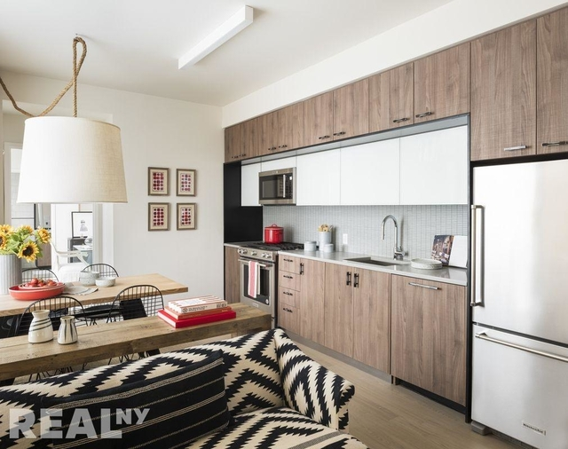 2 Bedrooms, Long Island City Rental in NYC for $4,825 - Photo 1