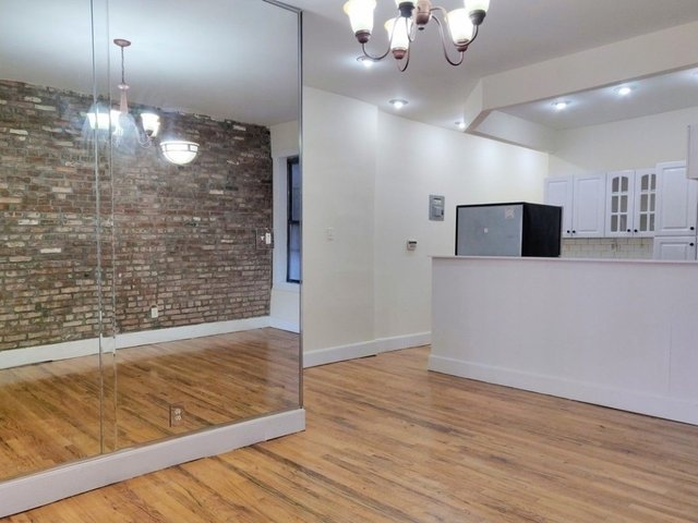 3 Bedrooms, Crown Heights Rental in NYC for $3,095 - Photo 2