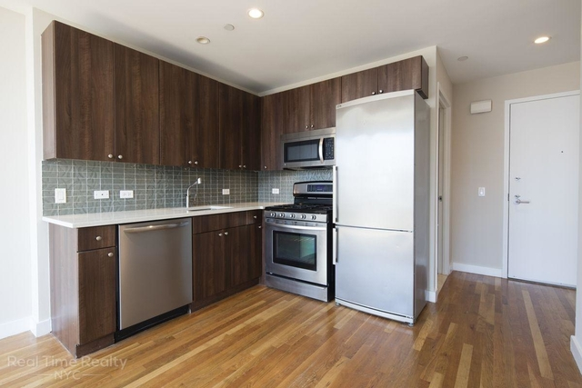 3 Bedrooms, Chelsea Rental in NYC for $6,850 - Photo 2