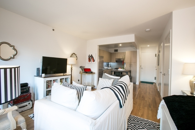 Studio, Chelsea Rental in NYC for $4,150 - Photo 2