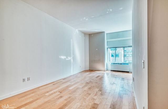 Studio, Financial District Rental in NYC for $2,933 - Photo 1
