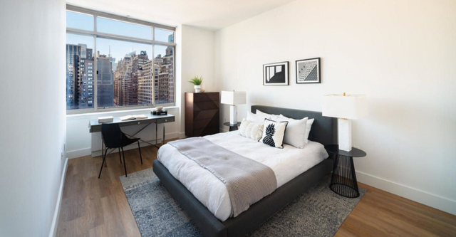1 Bedroom, Chelsea Rental in NYC for $3,235 - Photo 1