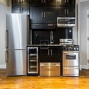 2 Bedrooms, Manhattan Valley Rental in NYC for $3,225 - Photo 1