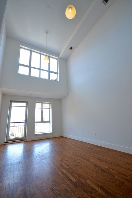 2 Bedrooms, East Williamsburg Rental in NYC for $4,100 - Photo 1
