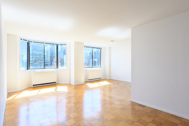 1 Bedroom, Turtle Bay Rental in NYC for $4,911 - Photo 2