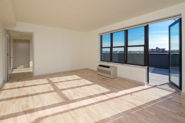1 Bedroom, Greenpoint Rental in NYC for $3,555 - Photo 1