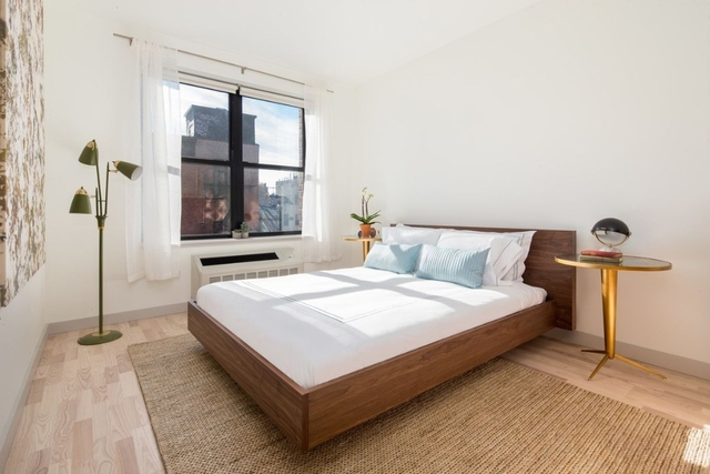 1 Bedroom, Greenpoint Rental in NYC for $3,555 - Photo 2