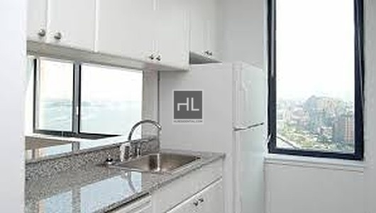 2 Bedrooms, Battery Park City Rental in NYC for $7,050 - Photo 2