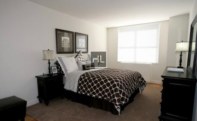 1 Bedroom, Turtle Bay Rental in NYC for $3,495 - Photo 2