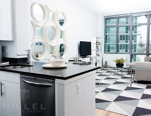 1 Bedroom, Hunters Point Rental in NYC for $3,387 - Photo 1
