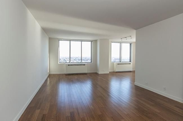3 Bedrooms, Yorkville Rental in NYC for $5,865 - Photo 1