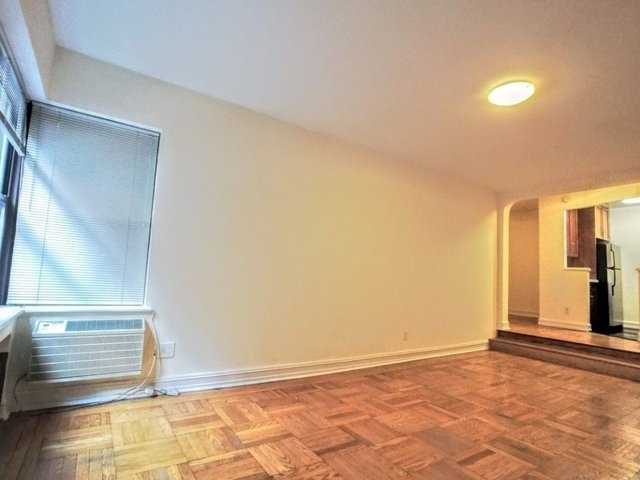 2 Bedrooms, Turtle Bay Rental in NYC for $4,095 - Photo 2