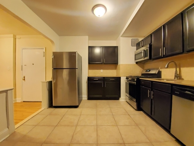 1 Bedroom, Sunnyside Rental in NYC for $2,425 - Photo 2
