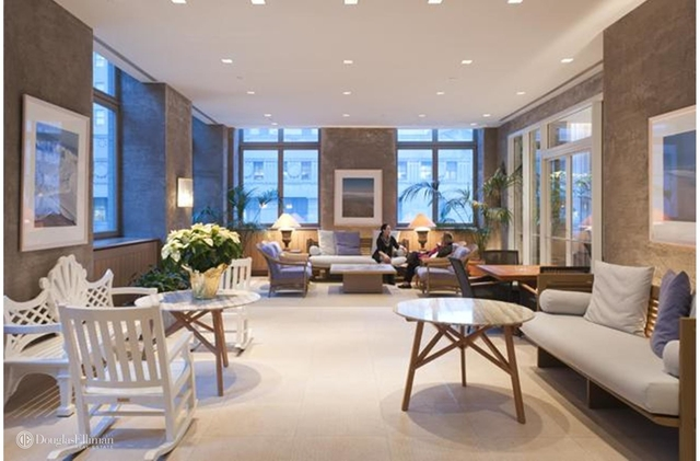 2 Bedrooms, Tribeca Rental in NYC for $6,058 - Photo 2