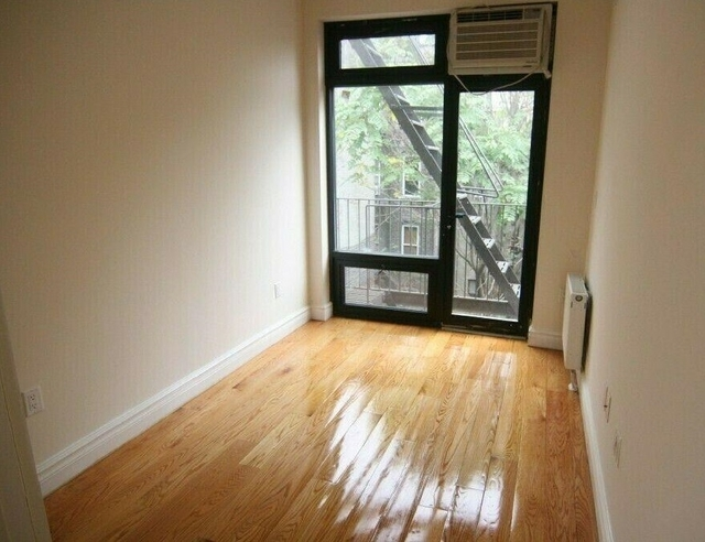 3 Bedrooms, Lower East Side Rental in NYC for $6,290 - Photo 2