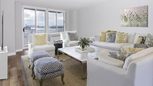 2 Bedrooms, Hell's Kitchen Rental in NYC for $5,933 - Photo 1