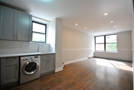 1 Bedroom, Crown Heights Rental in NYC for $2,395 - Photo 2