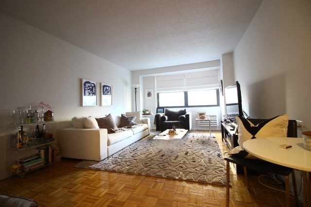 1 Bedroom, Rose Hill Rental in NYC for $3,500 - Photo 2