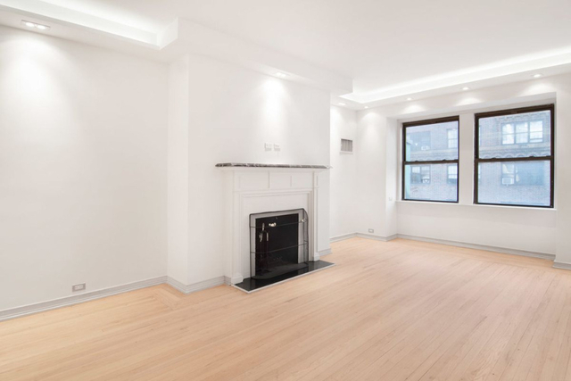 2 Bedrooms, Theater District Rental in NYC for $6,449 - Photo 2