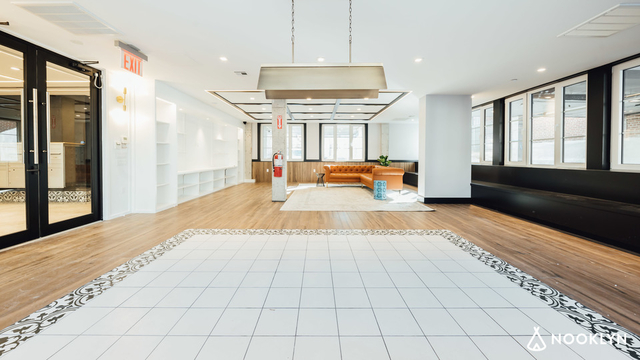 2 Bedrooms, Long Island City Rental in NYC for $3,208 - Photo 1