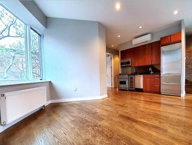 3 Bedrooms, West Village Rental in NYC for $8,995 - Photo 1