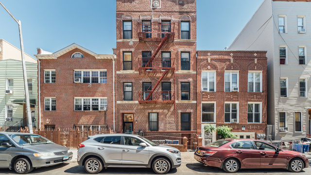 3 Bedrooms, Bushwick Rental in NYC for $2,987 - Photo 2