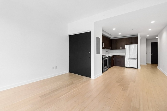 1 Bedroom, Lincoln Square Rental in NYC for $5,003 - Photo 2