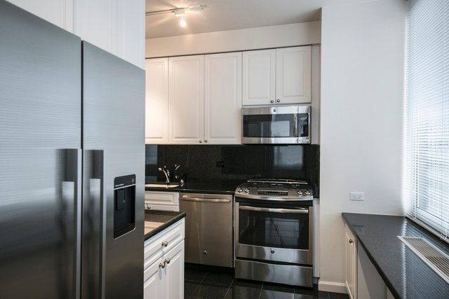 2 Bedrooms, Murray Hill Rental in NYC for $5,399 - Photo 1