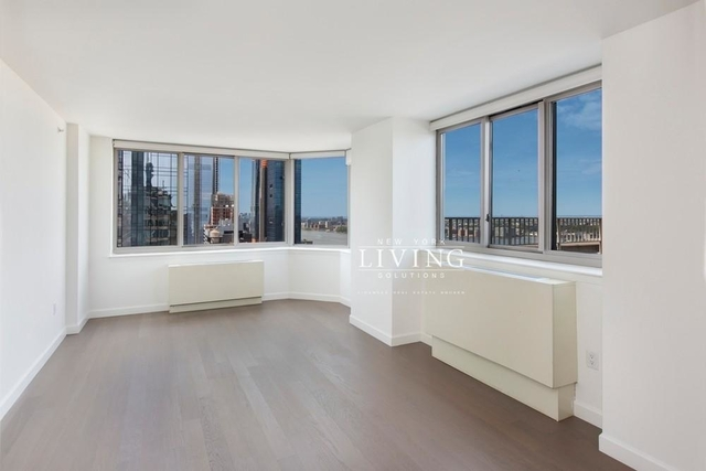 2 Bedrooms, Hell's Kitchen Rental in NYC for $6,213 - Photo 1