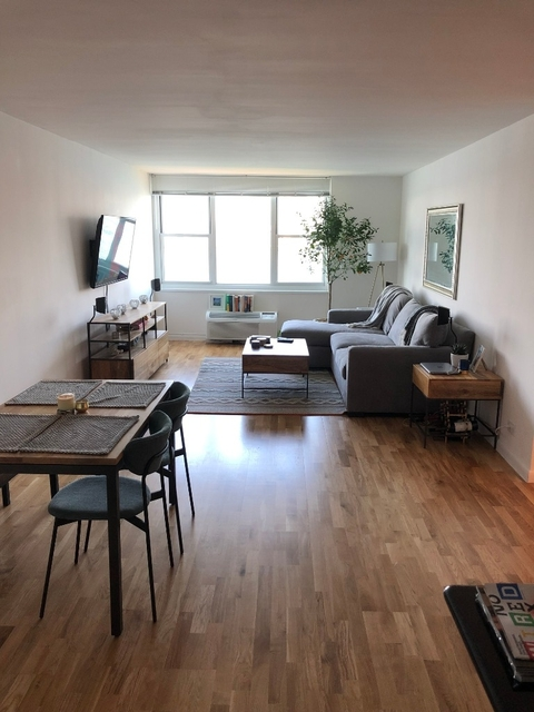 1 Bedroom, Battery Park City Rental in NYC for $4,252 - Photo 2