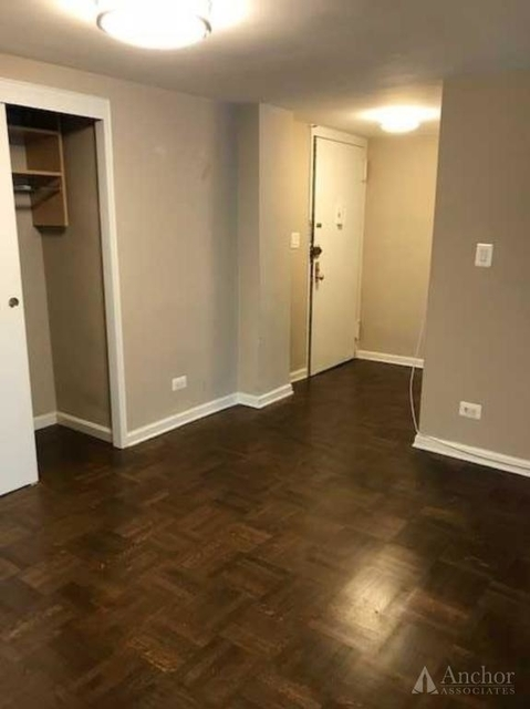 1 Bedroom, Yorkville Rental in NYC for $3,718 - Photo 2