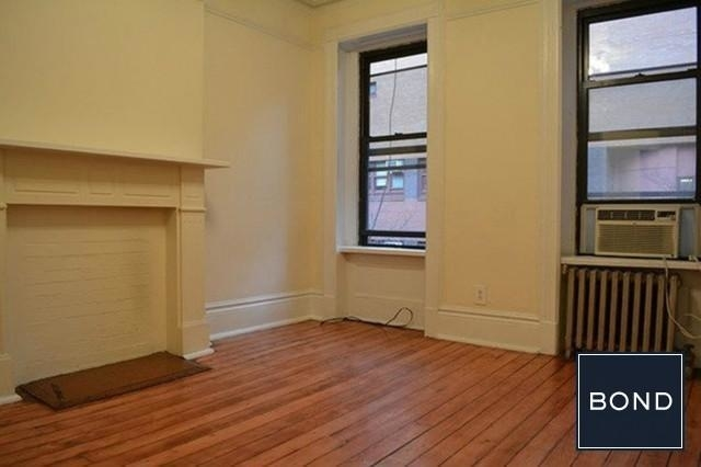 2 Bedrooms, Hell's Kitchen Rental in NYC for $2,556 - Photo 2