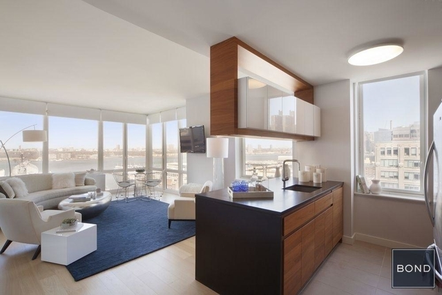 2 Bedrooms, Hell's Kitchen Rental in NYC for $7,626 - Photo 1