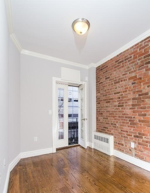 2 Bedrooms, Hell's Kitchen Rental in NYC for $4,208 - Photo 2