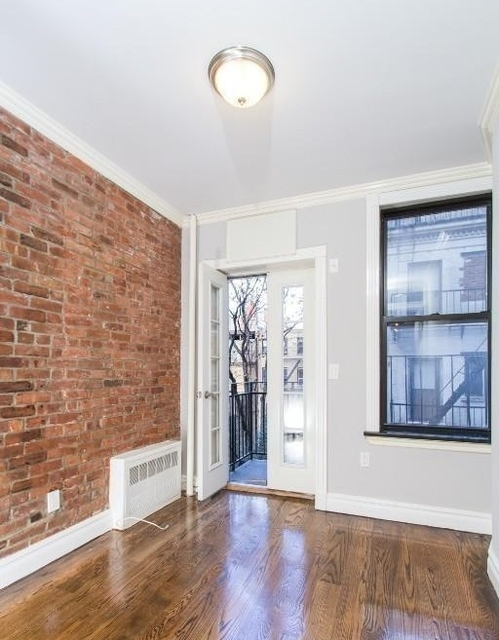 2 Bedrooms, Hell's Kitchen Rental in NYC for $4,208 - Photo 1
