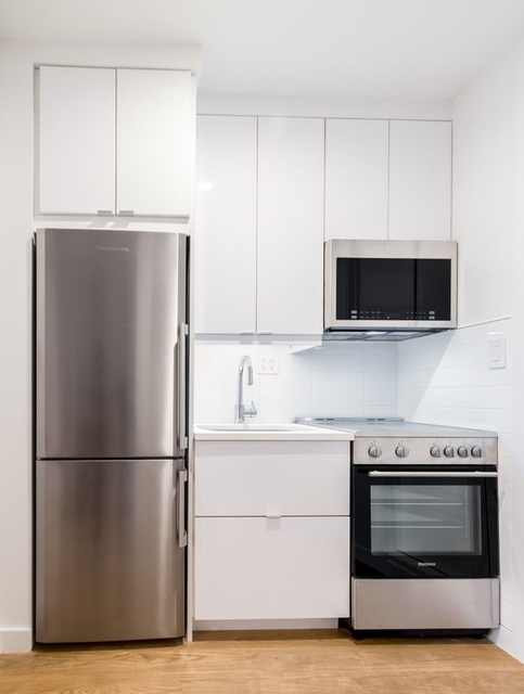 1 Bedroom, SoHo Rental in NYC for $5,095 - Photo 2