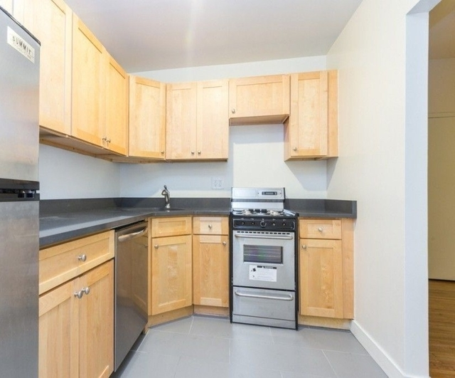 2 Bedrooms, Murray Hill Rental in NYC for $3,613 - Photo 2