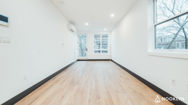 Studio, Crown Heights Rental in NYC for $2,300 - Photo 2
