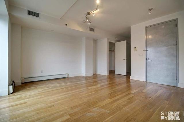 Studio, Williamsburg Rental in NYC for $2,195 - Photo 2