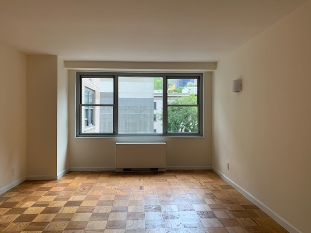 1 Bedroom, Upper East Side Rental in NYC for $3,487 - Photo 2
