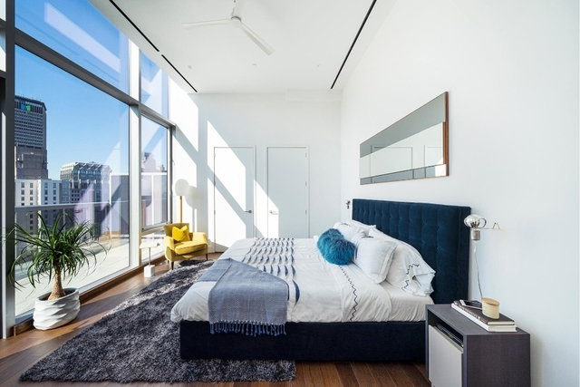 3 Bedrooms, Turtle Bay Rental in NYC for $30,000 - Photo 1