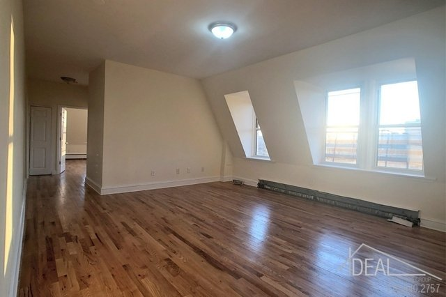 2 Bedrooms, Clinton Hill Rental in NYC for $2,342 - Photo 2