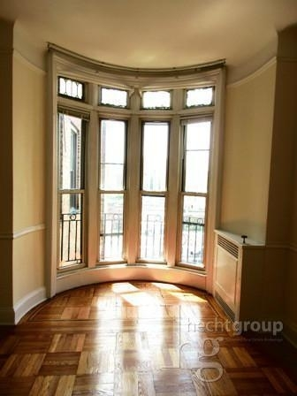 2 Bedrooms, Upper West Side Rental in NYC for $5,700 - Photo 1