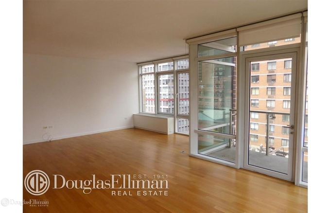 2 Bedrooms, Turtle Bay Rental in NYC for $8,200 - Photo 2