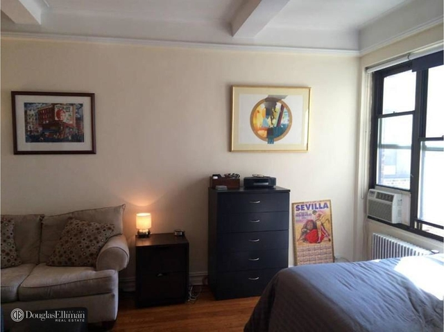 Studio, East Village Rental in NYC for $3,025 - Photo 1