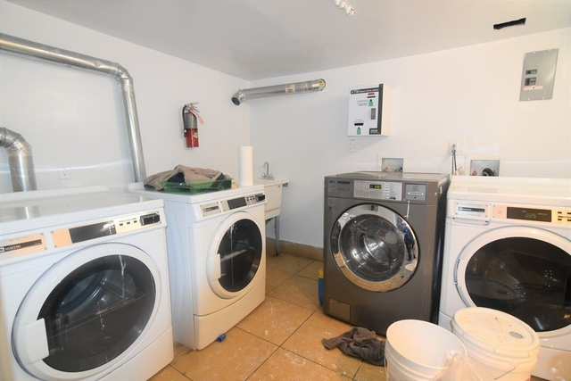 2 Bedrooms, Midwood Rental in NYC for $1,999 - Photo 2