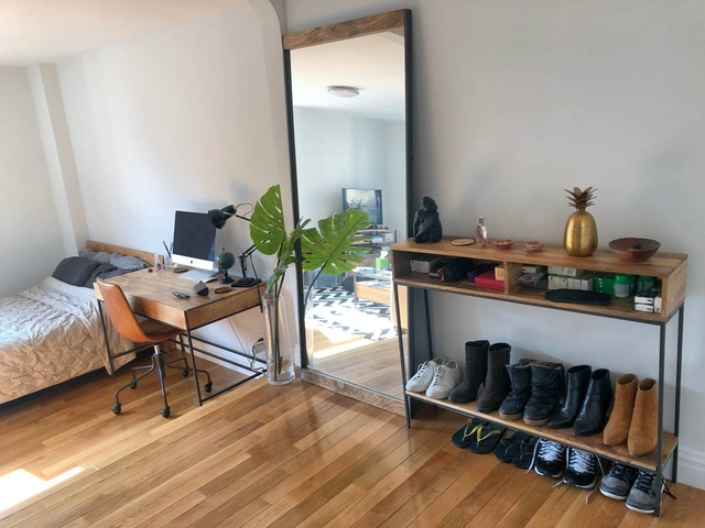 1 Bedroom, West Village Rental in NYC for $4,486 - Photo 2