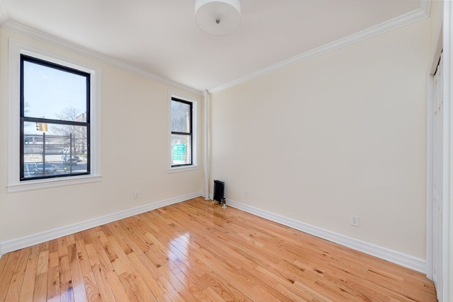3 Bedrooms, Hudson Heights Rental in NYC for $3,000 - Photo 2